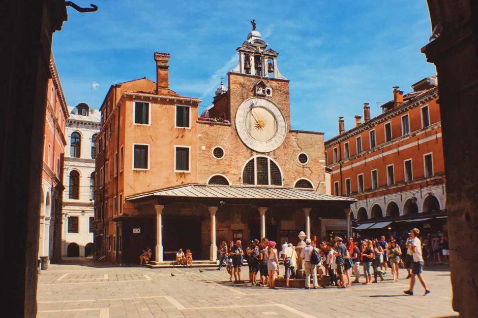 7 тысяч центральных площадей в итальянских городах получат бесплатный Wi-Fi